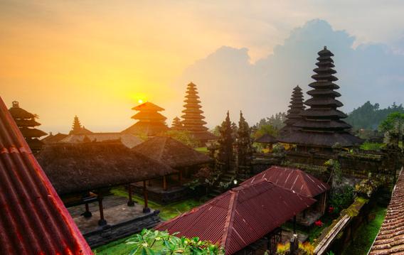 boutique yoga retreat Bali