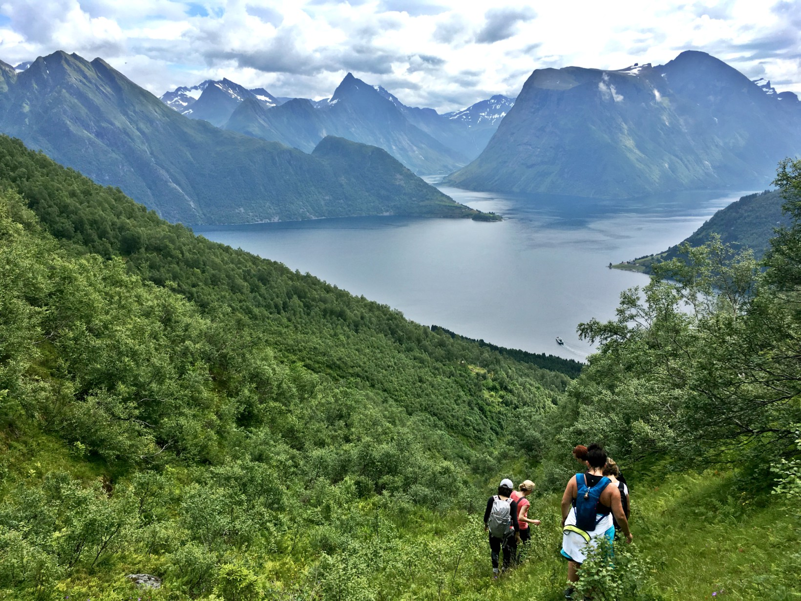 hiking in norway retreat